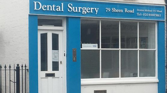 Image of the front of the dentist office